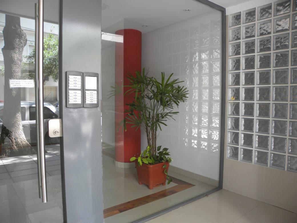 Rocamora 4468 Frente